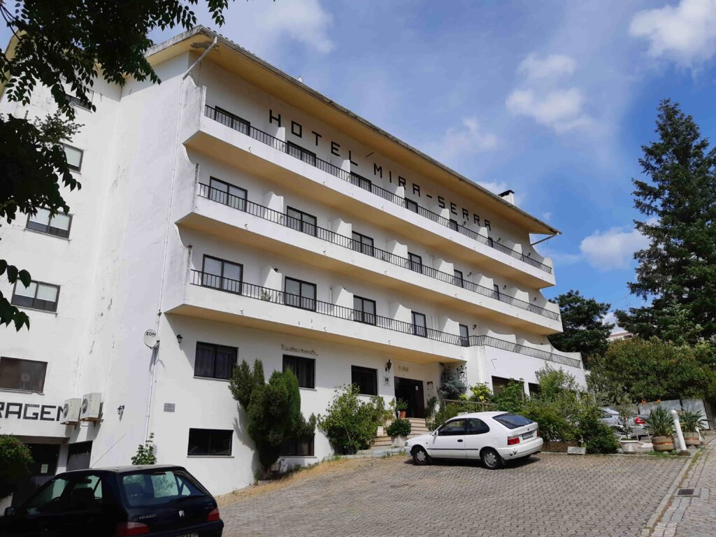 Hotel Mira Serra全景