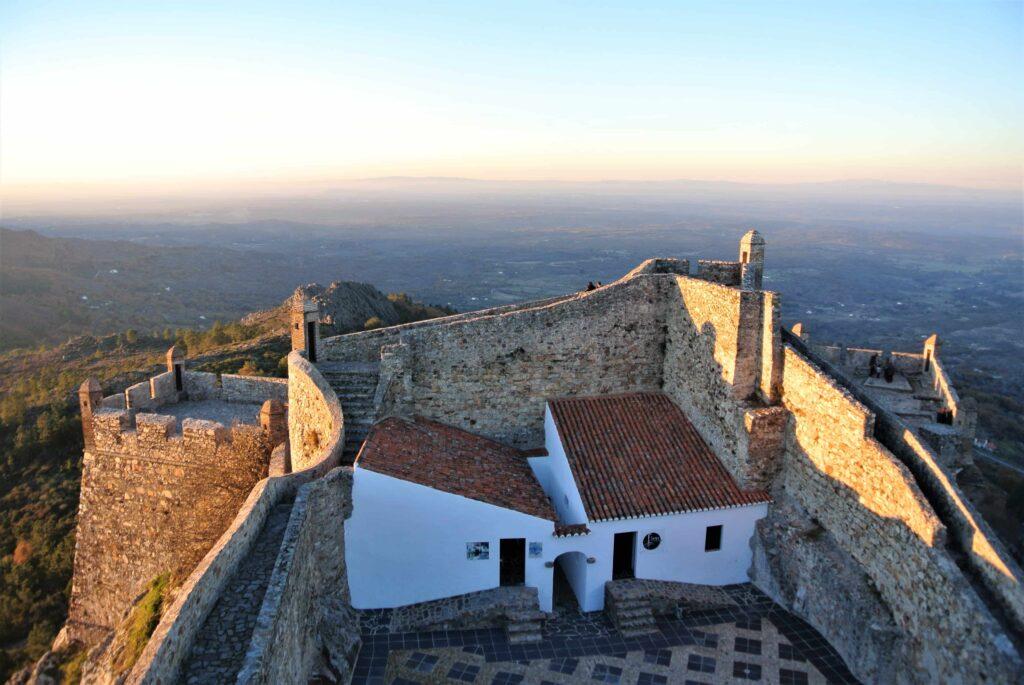 マルヴァン城壁の先端